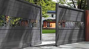 portail battant aluminium de style contemporain