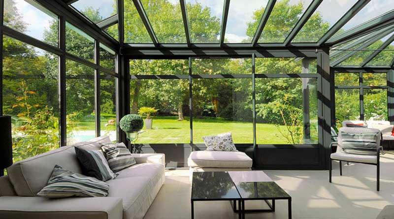 veranda aluminium technal avec toiture vitrée